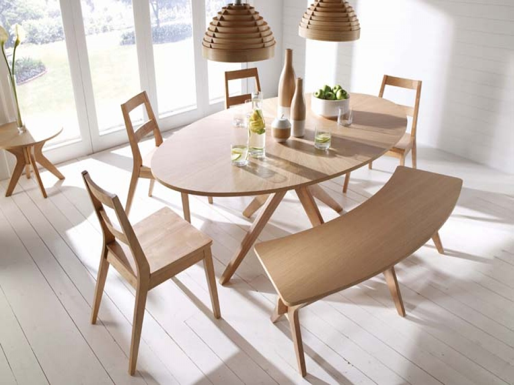 Malmo Oval White Solid Oak Veneer Dining Set