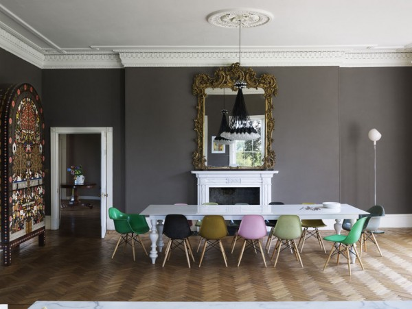 How to mix period and contemporary, monochrome and accent colours to great effect...