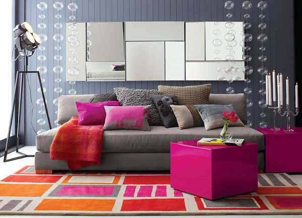 Slate grey living room. Image Credit: decoholic.org