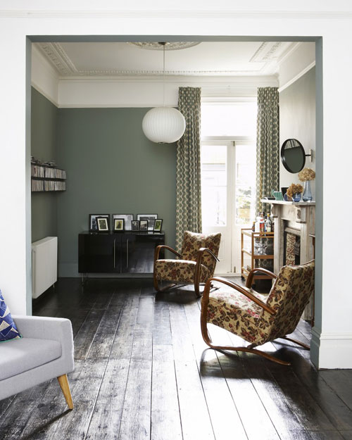 Green-living-room-Jill-Macnairs-House-My-Friends-House-819x1024