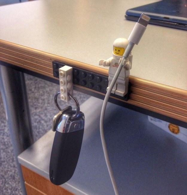 1 Lego - Dorkly